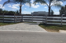 Winter Haven modern fence